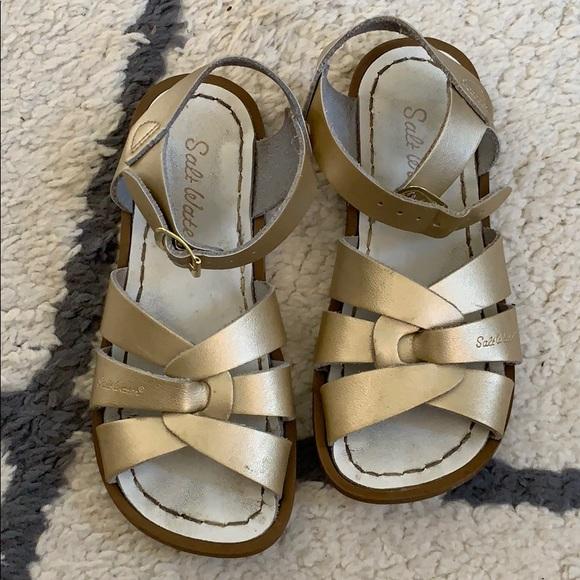 f06fea40fbab GOLD Saltwater Sandals EUC NORDSTROM. M 5c7449f0e944ba7bbdf0b203